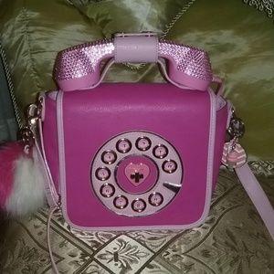 "BETSEY J ""CALL ME BABY"" PINK CROSSBODY W/PHONE!!"